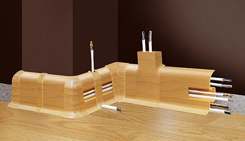 obrázek Podlahová lišta soklová - Cezar Premium 117